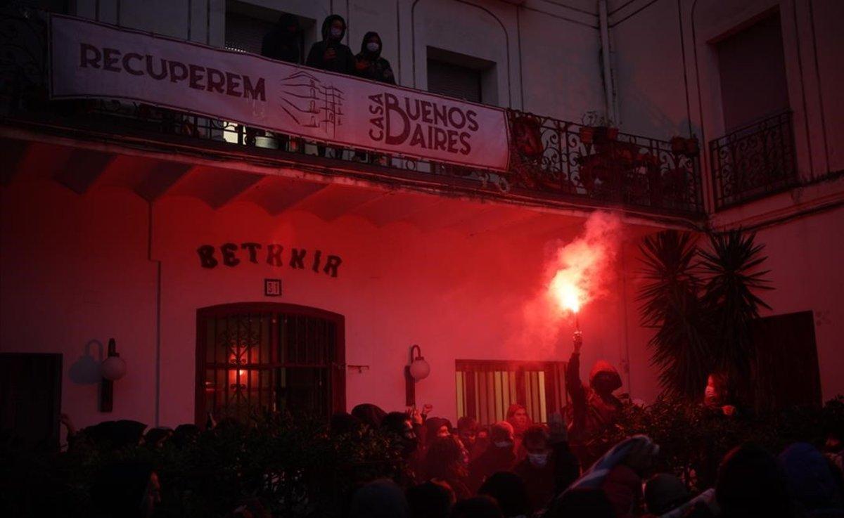 intento de desalojo de la Casa Buenos Aires de Barcelona.