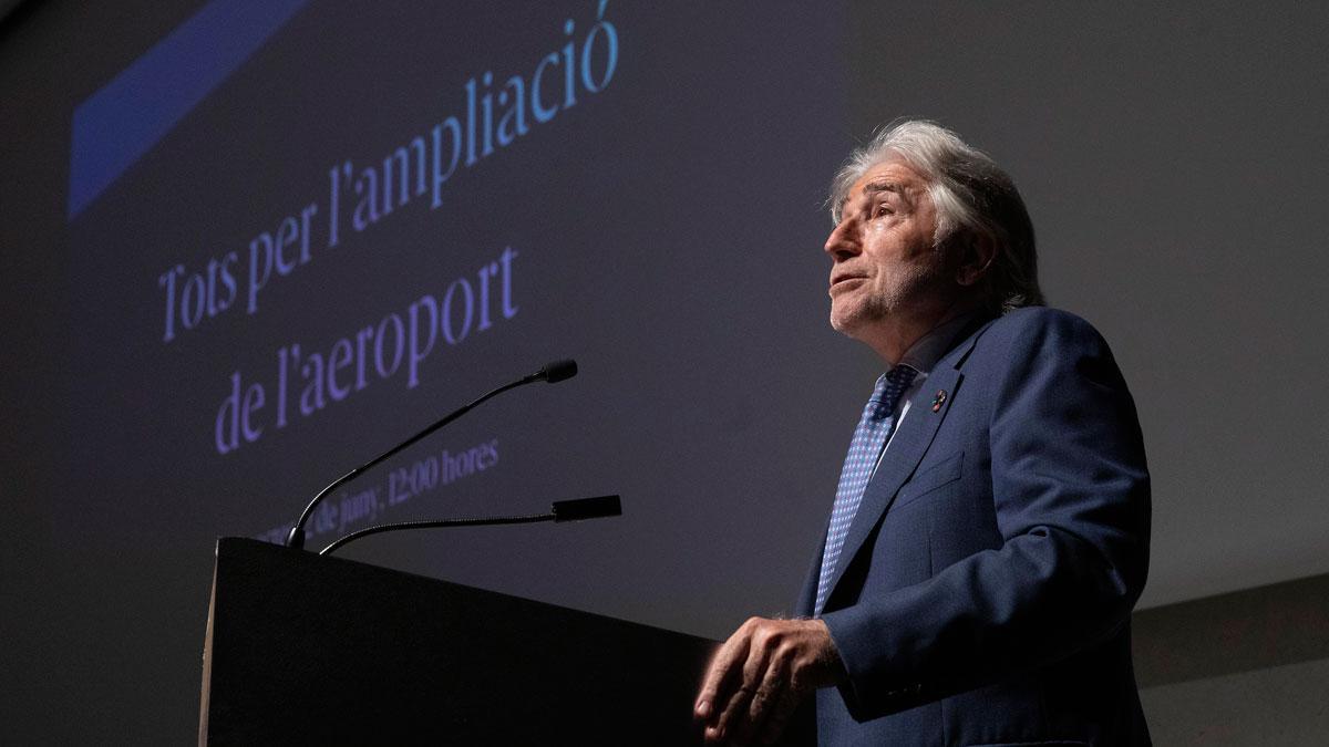 Josep Sánchez Llibre, en el acto de los empresarios a favor de la ampliación del aeropuerto de Barcelona.