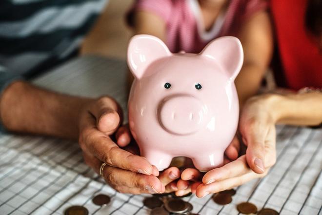 ¿Cómo organizar el ahorro y la inversión en el hogar?