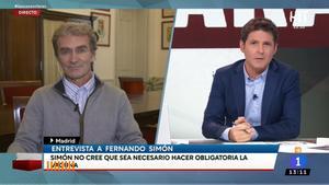 """Cintora entrevista a Fernando Simón en su estreno en TVE: """"Mi puesto no es un regalo y menos ahora"""""""