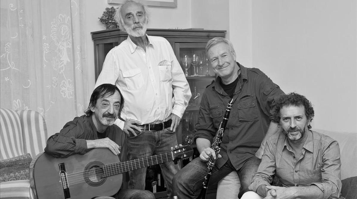 De izquierda a derecha, Javier López de Guereña, Javier Krahe, Andreas Prittwitz y Fernando Anguita.