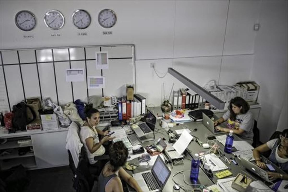 La reforma horaria pretende conciliar más y mejor la vida laboral y la familiar.