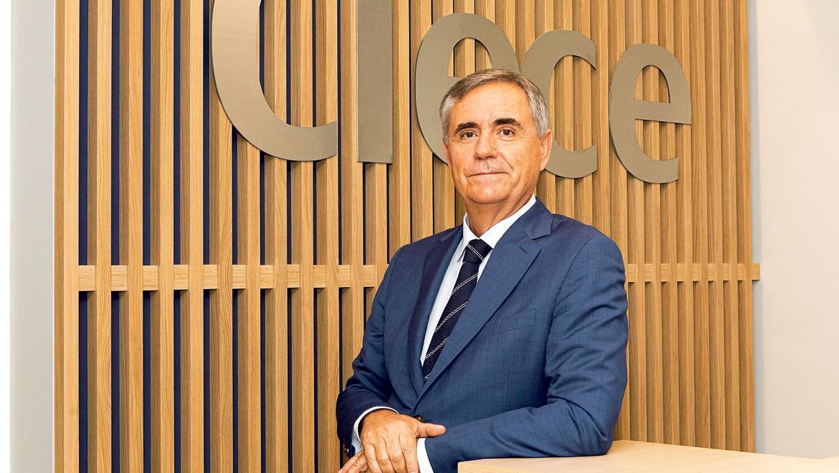 Cristóbal Valderas, presidente de Clece, en su despacho.