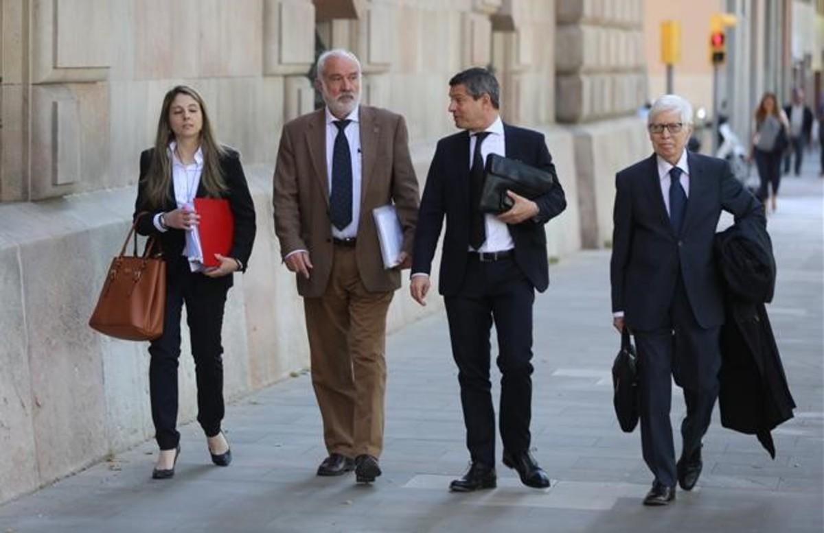 Los abogados de Messi, a la entrada en los juzgados