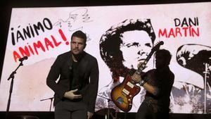 Veinte amigos homenajean a Luis Eduardo Aute en el concierto '¡Ánimo, animal!'.