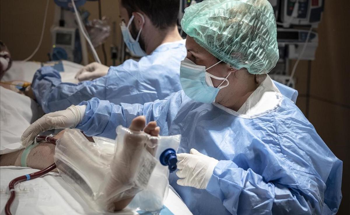 Paciente ingresado por covid en la uci del Hospital Vall d'Hebron.