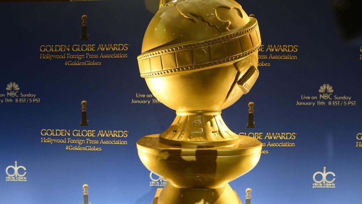 Estatua de los Globos de Oro.