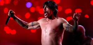 Anthony Kiedis, de Red Hot Chili Peppers.