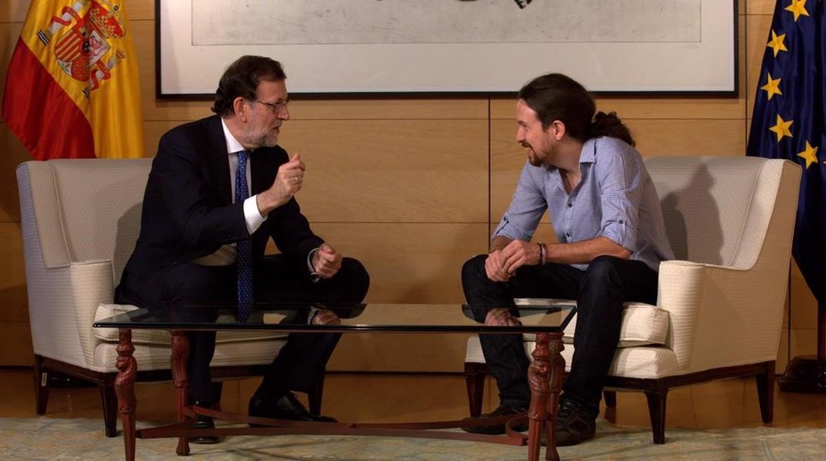 Mariano Rajoy y Pablo Iglesias en su reunión en el Congreso de los Diputados.