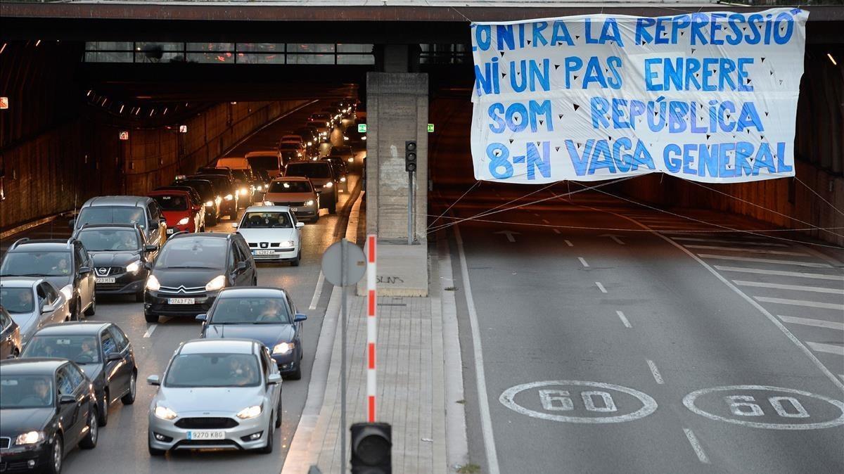 La ronda del Mig de Barcelona, cortada por la huelga el pasado 8 de noviembre.