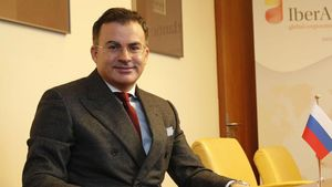 Pedro Mouriño és l'empresari que negocia amb Isabel Díaz-Ayuso la venda de la vacuna russa