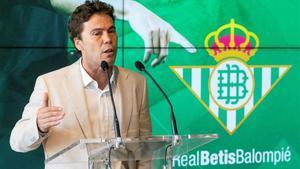 Rubi, en su presentación como nuevo entrenador del Betis.