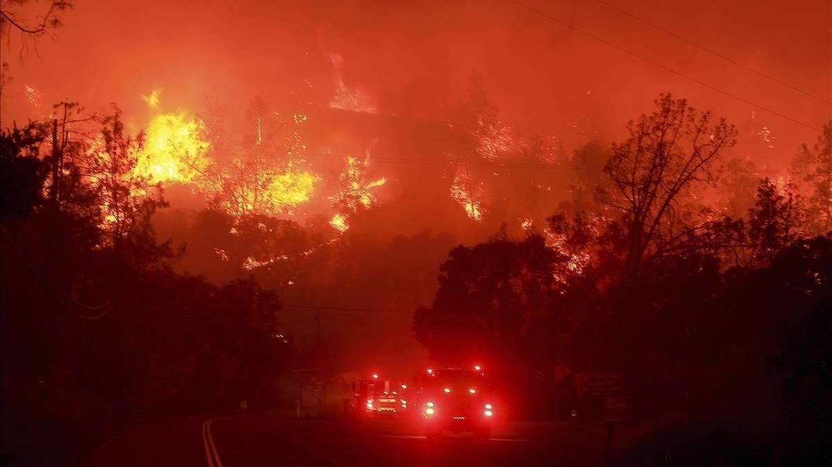 Incendio forestal al oeste de Sacramento, California.