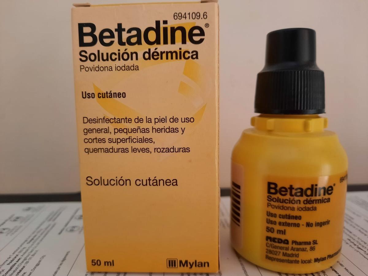 Els antivacunes promouen l'ús de Betadine per combatre la Covid-19