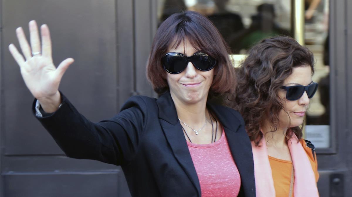 Juana Rivas, a la salida de los jugados de Granada, el 5 de septiembre.