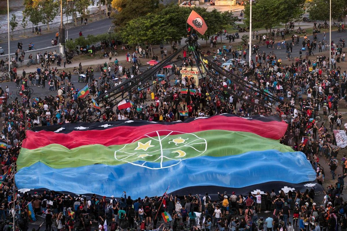 Xile: a cop de mobilització i referèndum
