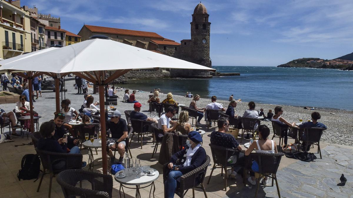 França reobre les terrasses i recupera les activitats culturals
