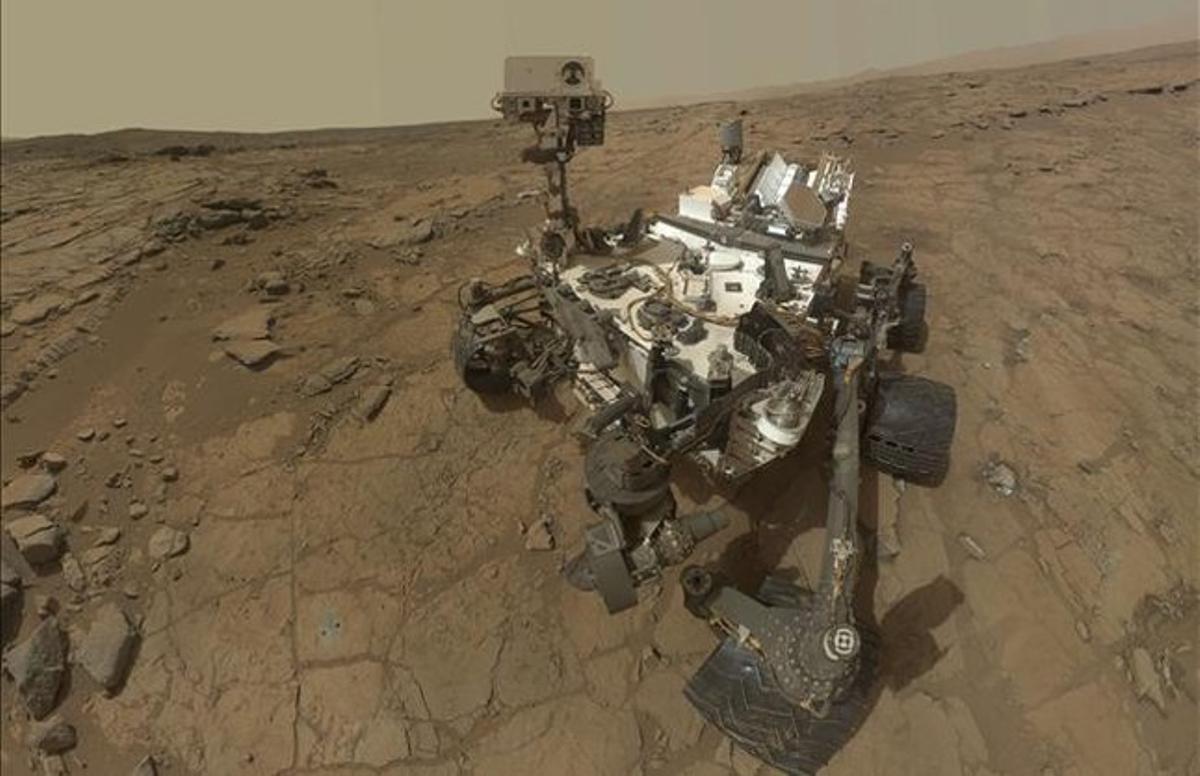 El robot 'Curiosity', en la superficie de Marte.