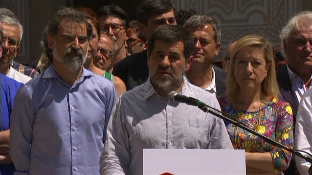 Los presidentes de la ANC, Òmnium y la AMI, este sábado en Barcelona.