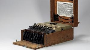 Una máquina Enigma de las usadas por los nazis para cifrar mensajes.