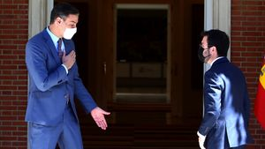 El presidente del Gobierno Pedro Sanchez recibió esta tarde al President de la Generalitat Pere Aragones en el Palacio de la Moncloa