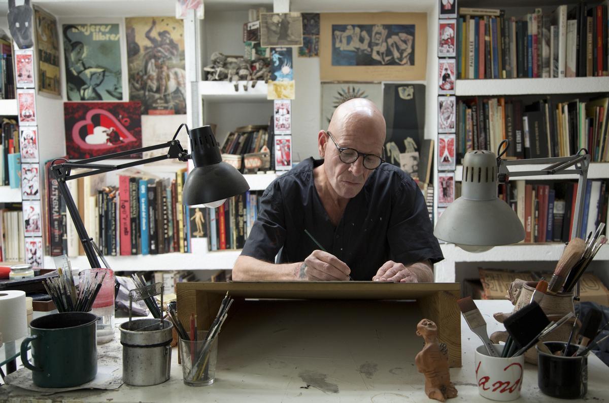 Santiago Sequeiros, en su estudio.