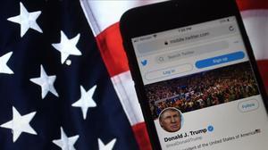 Twitter i Facebook miren de combatre la desinformació de Trump