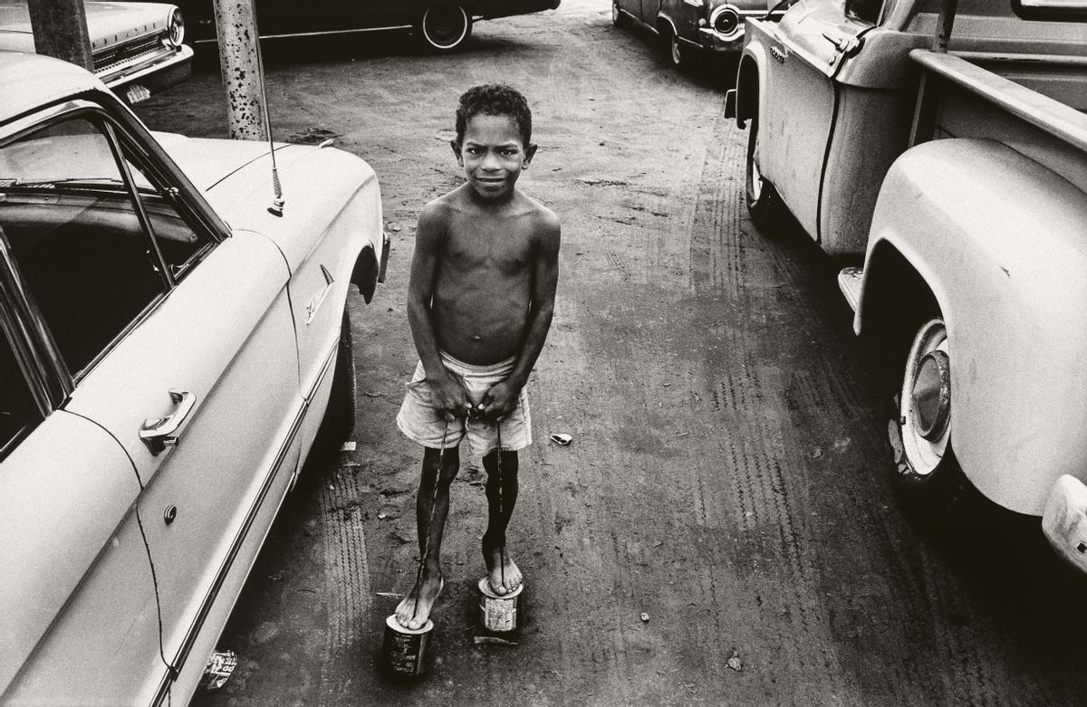 Juego con 'zancúos', Maracaibo, Venezuela, 1971
