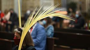 Feligreses en una iglesia el pasado Domingo de Ramos.