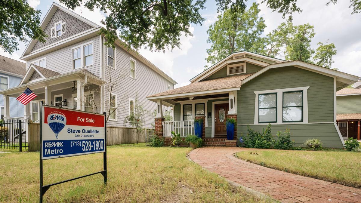 Una vivienda en venta en la ciudad de Houston, Texas, en una imagen del pasado 12 de agosto.