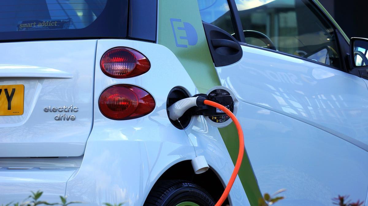 4 mitos a derribar antes de pasarse al coche eléctrico