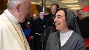 El Papa ha nombrado una mujer, la monja Alessandra Smerilli, como nueva jefa ad interim de la comisión sobre el covid 19 y como secretaria del ministerio de Desarrollo Humano Integral.