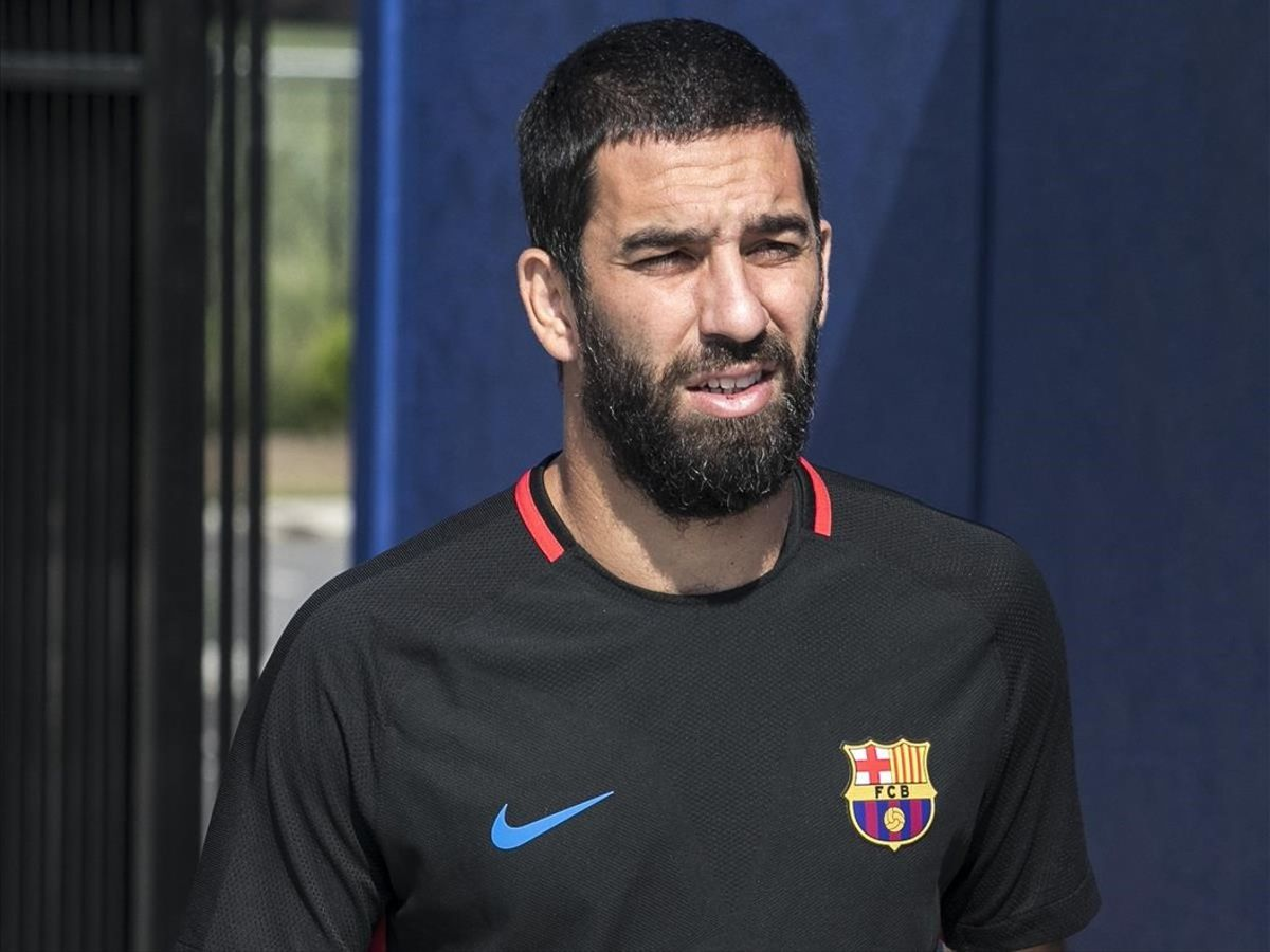 El Galatasaray pretende que el Barça le ceda a Arda Turan