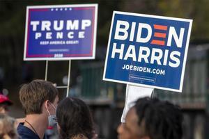 Seguidores deJoe Biden y Donald Trump.