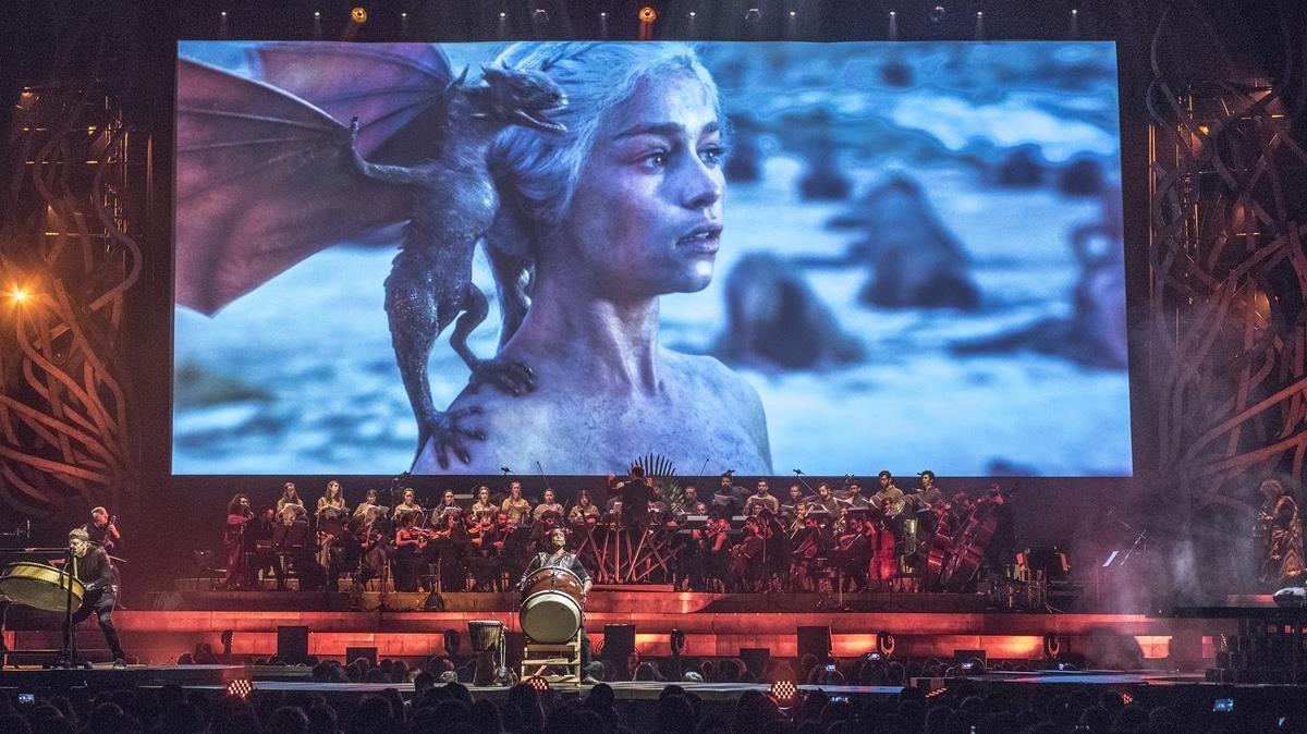 Imagen del concierto de anoche, con Daenerys al fondo.