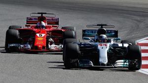 Lewis Hamilton, por delante de Vettel en Austin.
