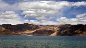 El lago Pangong, en Leh, zona fronteriza entre China e India.