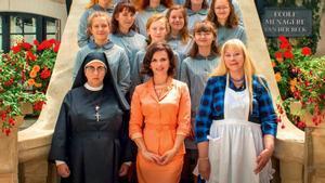 La escuela Van Der Beck está dedicada a crear mujeres perfectas.