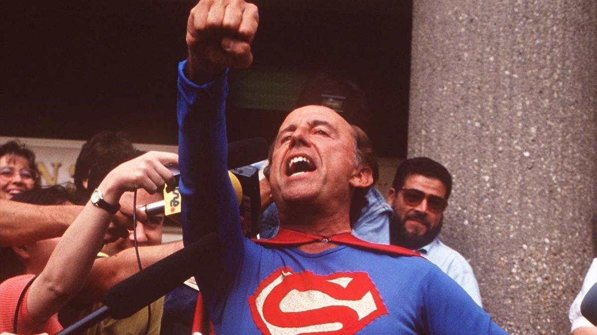 Ruiz Mateos, disfrazado de Superman, el 23 de septiembre del 2006.