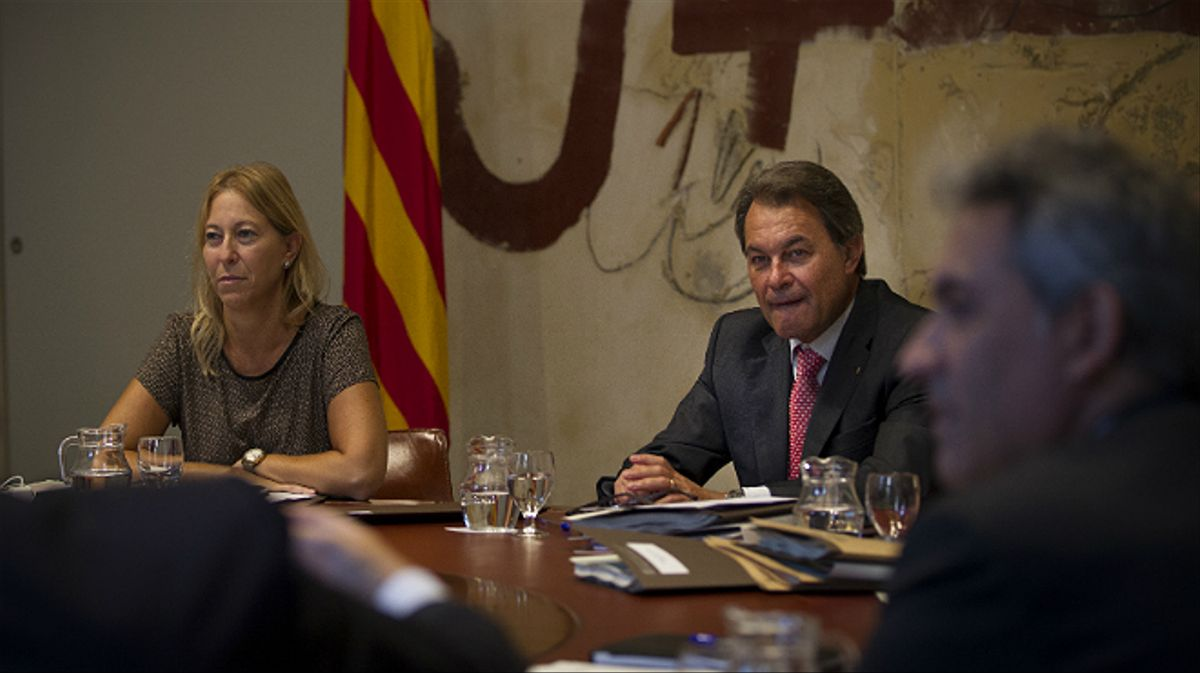 El 'conseller' Homs y la vicepresidenta Munté, este martes antes de la reunión del Consell Executiu.