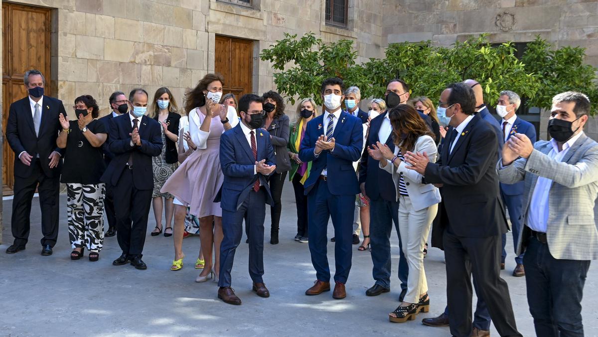 Aragonès rep a Palau els indultats i exigeix la fi de la repressió