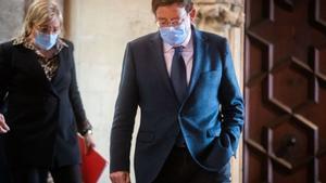 Ximo Puig investigará a los alcaldes valencianos que se vacunaron sin permiso