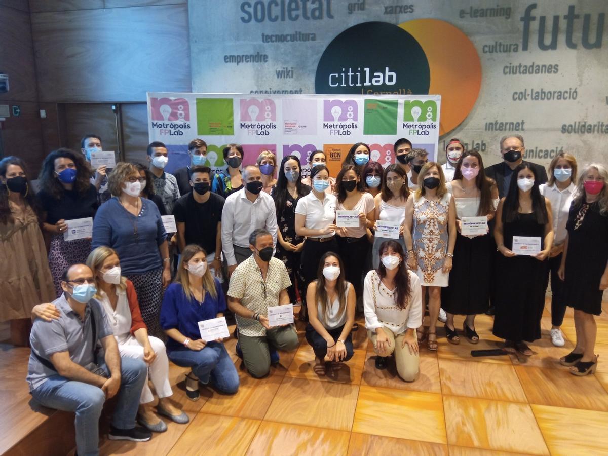 L'Institut Esteve Terradas de Cornellà guanya dos premis del concurs Metròpolis FPLab
