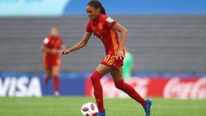 Salma Paralluelo, con la selección española sub-17 campeona del mundo.