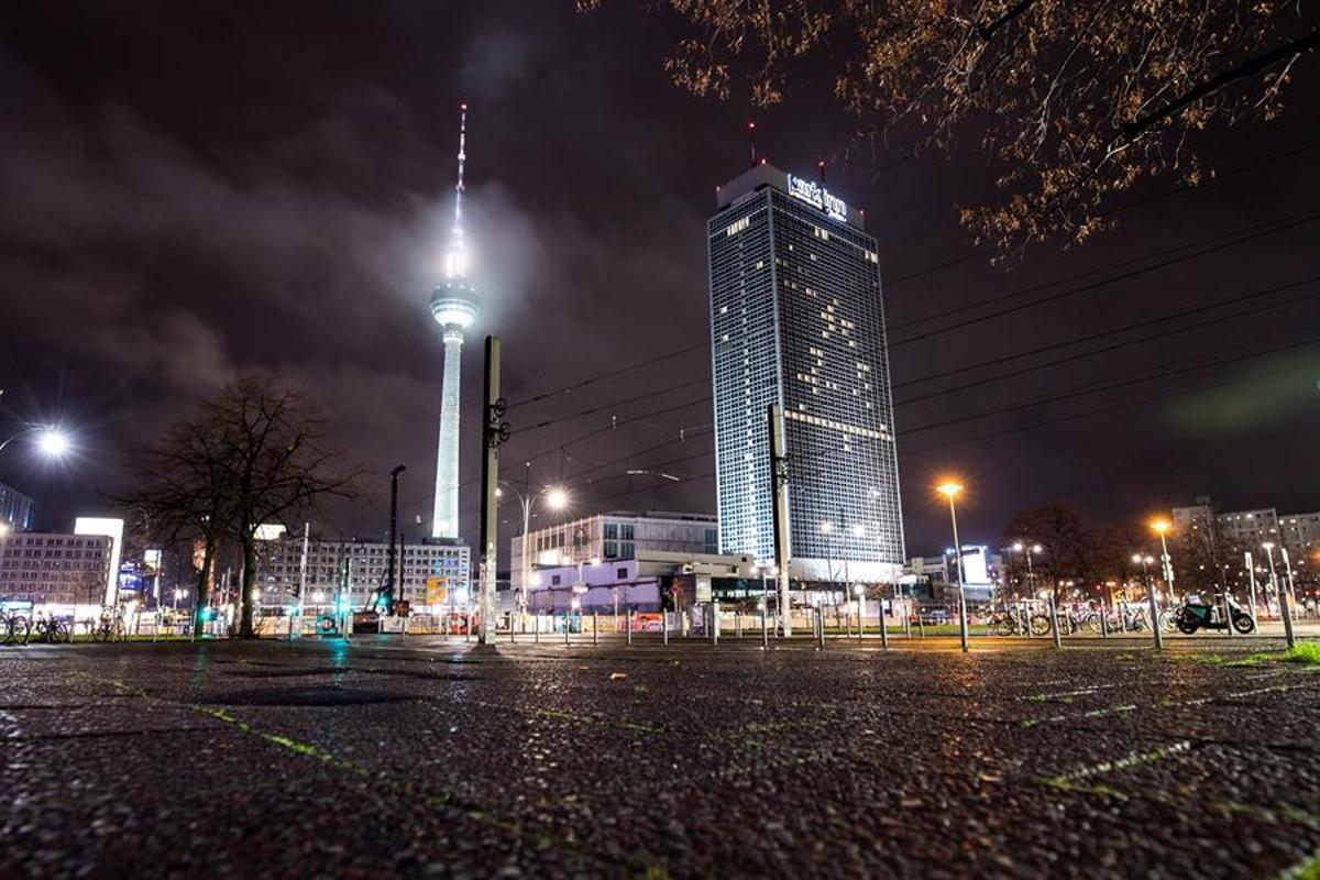Berlín permanece en confinamiento a causa de la pandemia.