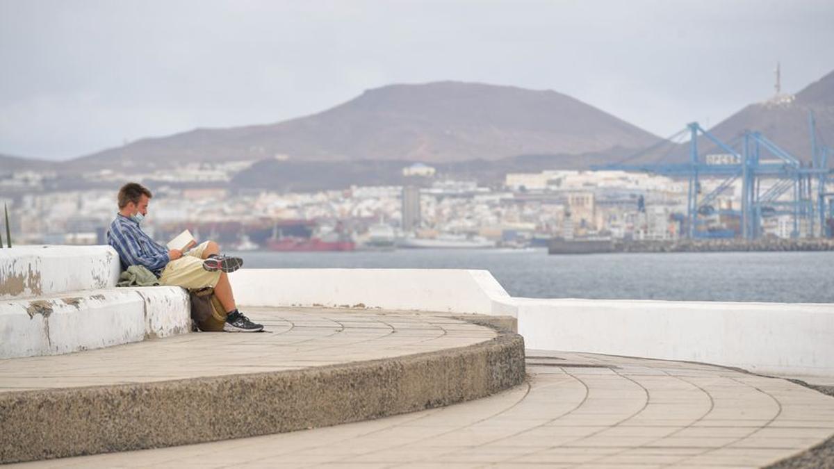 Canarias pide al TSJ el toque de queda para Tenerife