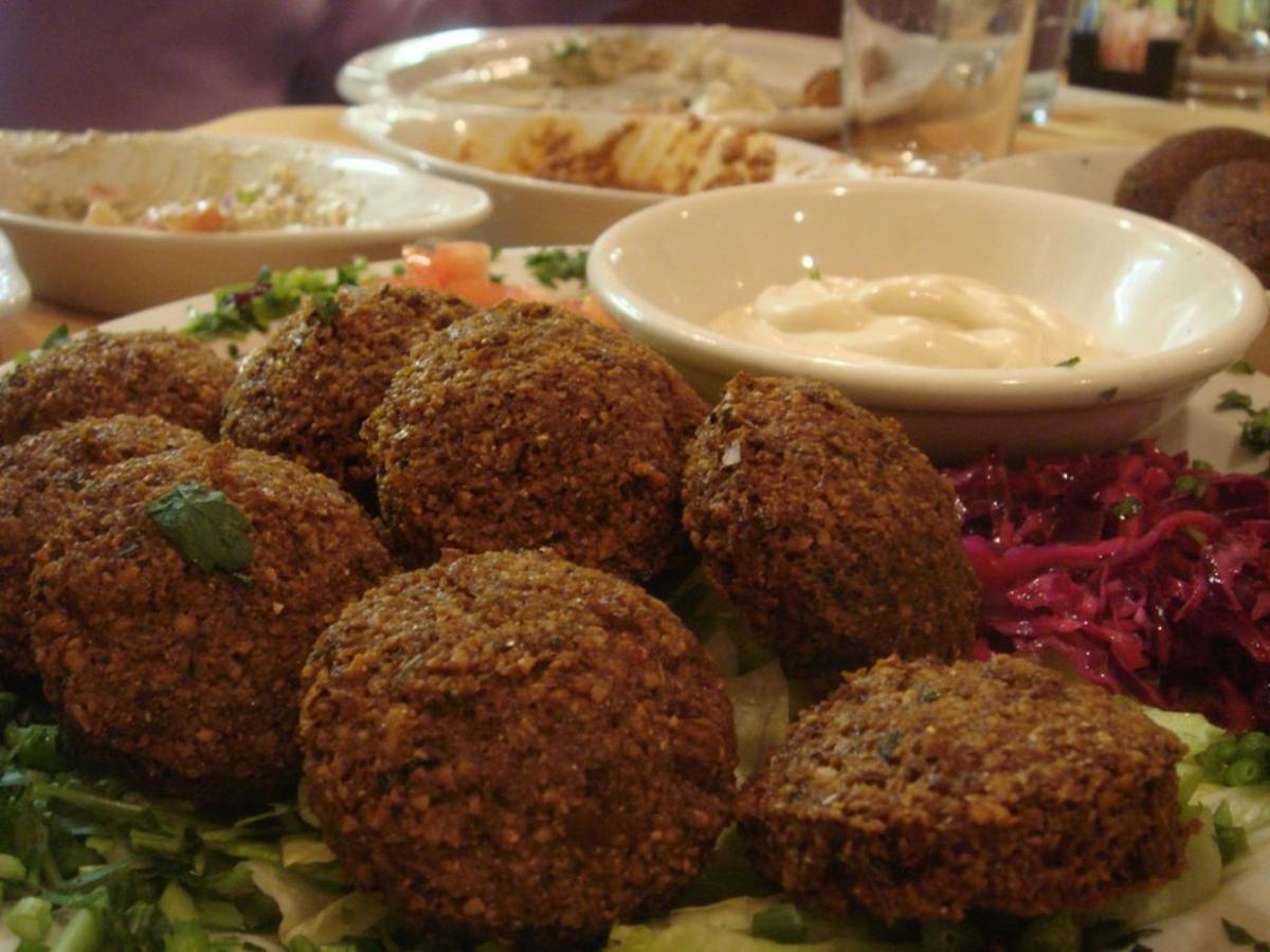 En Israel este platillo tiene una canción para celebrar su historia de amor con el tratamiento probado y verdadero, titulado And We Tener falafel.
