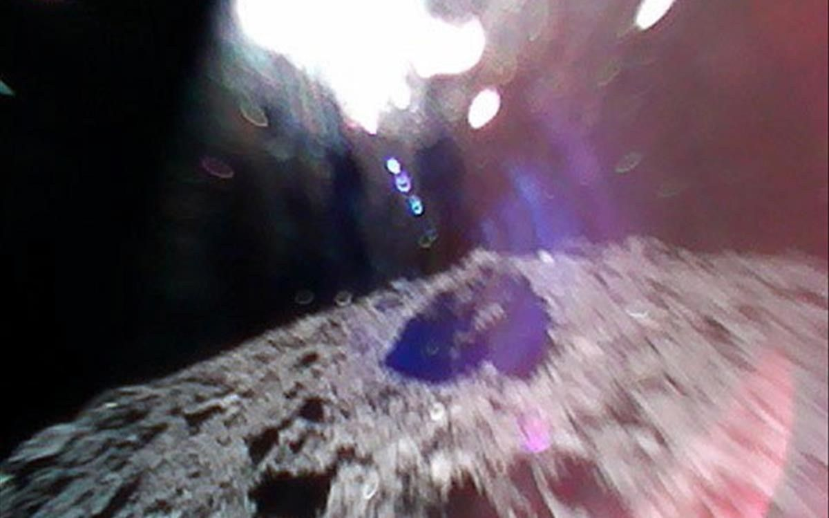 El Japó aconsegueix per primera vegada que un robot mòbil explori la superfície d'un asteroide