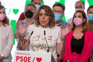 La secretaria general del PSOE-A, Susana Díaz, este 13 de junio tras su derrota en las primarias, en la sede regional del partido, en la sevillana calle de San Vicente.