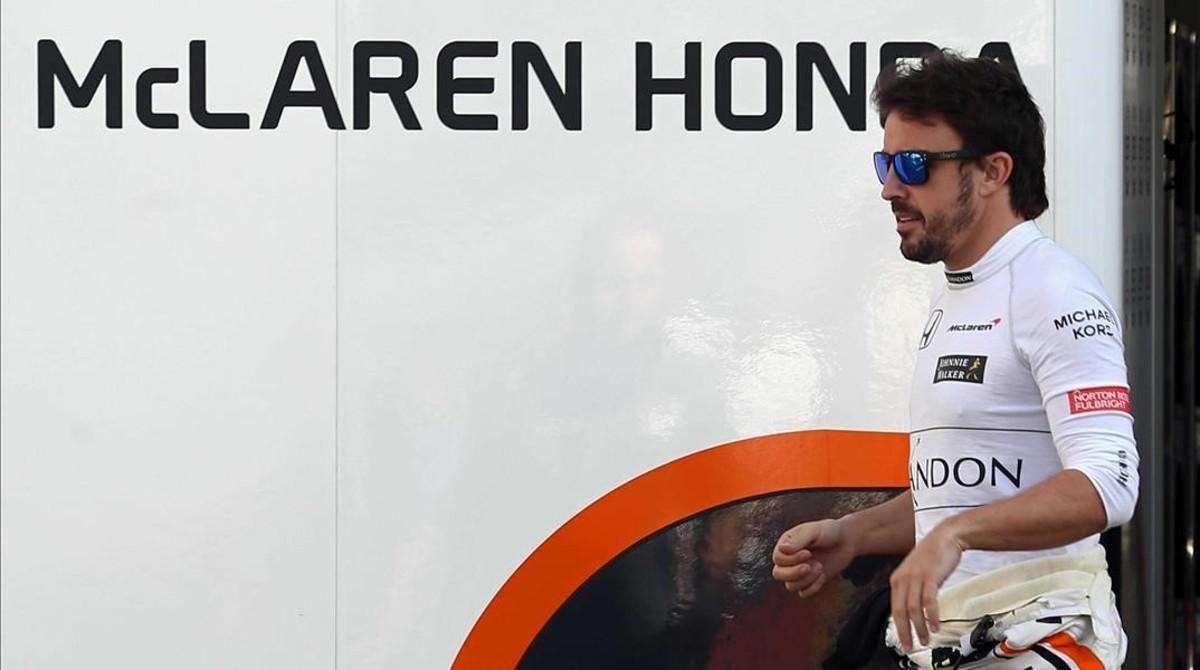Fernando Alonso, en los test de Montmeló.